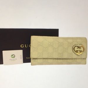 🆕 Gucci Logo Monogramed Leather Long Wallet